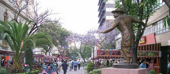 Paseo por la Zona Rosa de la Ciudad de México